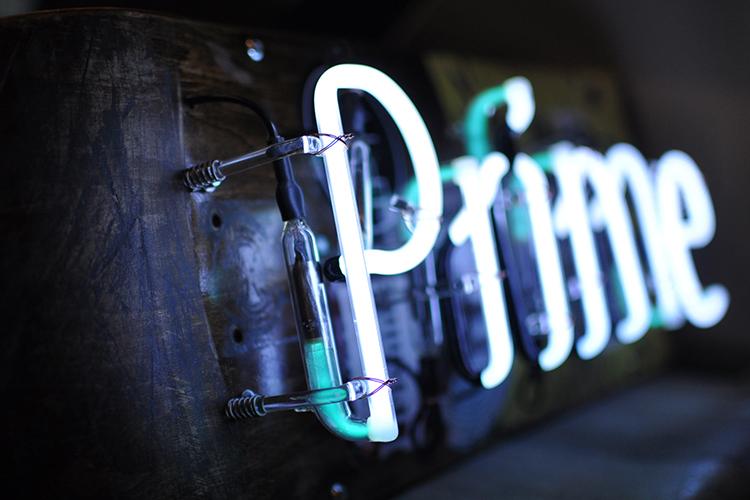 prime-neonsign3